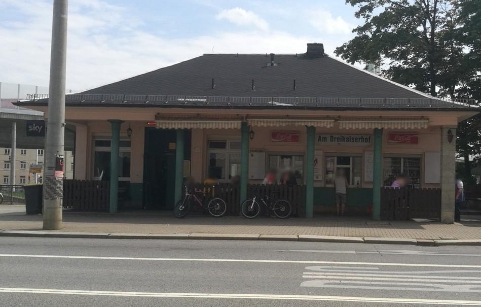 Dresden-Löbtau - Mann tot in einer Toilette eines Imbisses entdeckt