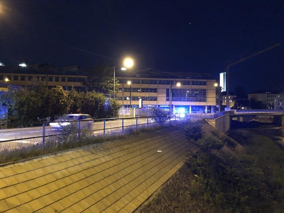 Polizeiabsperrung im Bereich der Fliegerbombe auf der Löbtauer Straße, © Sachsen Fernsehen